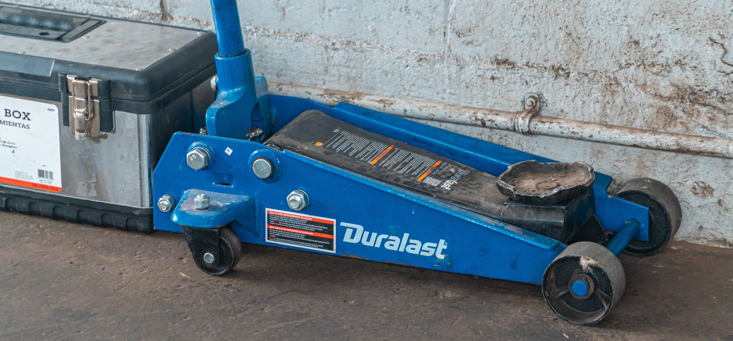 Best Floor Jacks review and Buying Guide